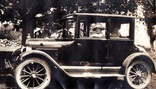 Yeaton family photo Donna driving her 1921 Knight Coupe