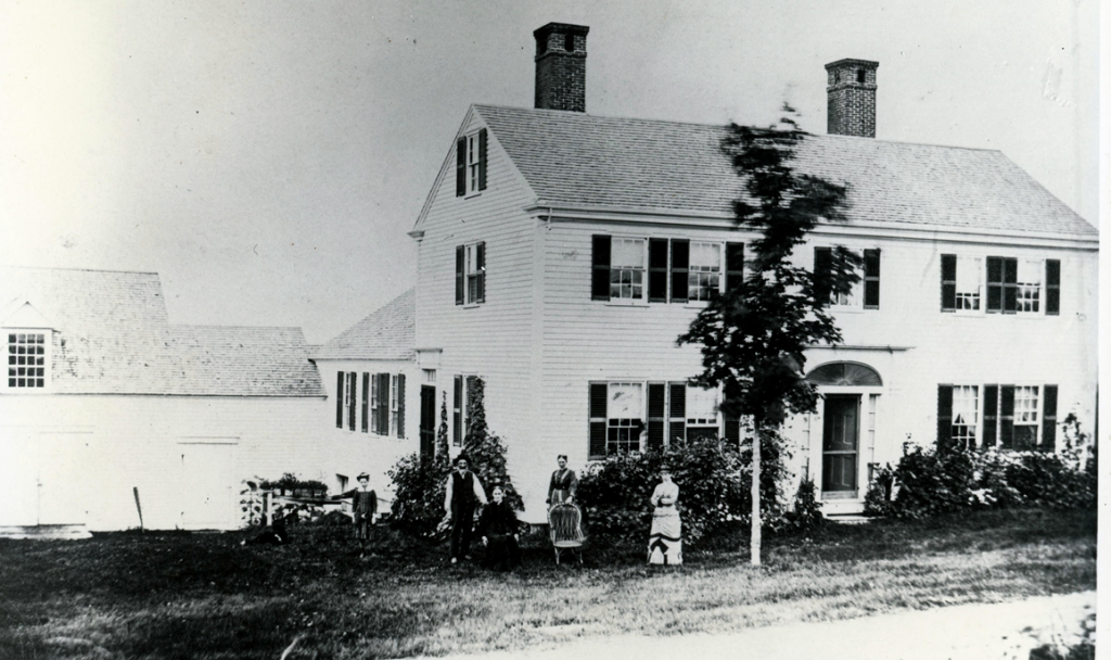 The Paul Yeaton, Jr. house at 298 West Road